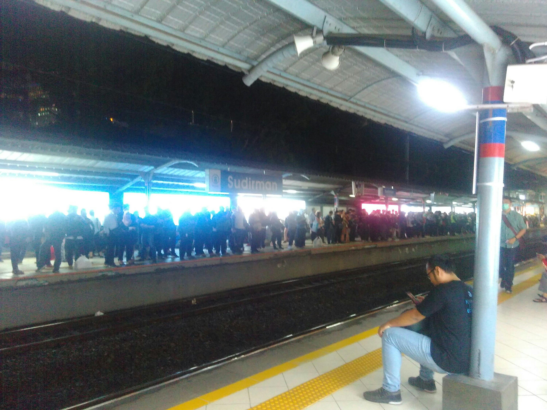 Sudirman station, Line 2, Monday 21st Jan 2019, 7.54pm